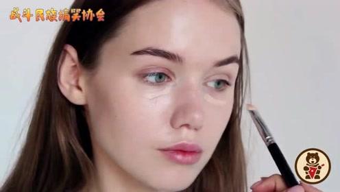 """""""雀斑妆""""还能这么美?俄罗斯版""""志玲姐姐""""的妆容太美了"""