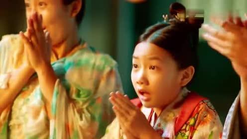 大唐荣耀:沈珍珠小时候看戏被小丑吓的掉进了水里!