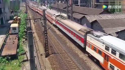 大瑶山号双层火车 郴州至肇庆K9049次郴州站1站台发车