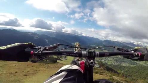 极限山地自行车,与死神比速度!