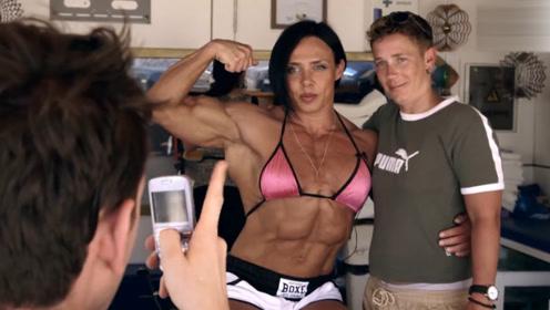"""英国女版""""浩克"""",每天不是在健身房锻炼,就是在厨房吃饭"""