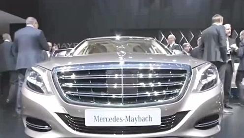1500万的奔驰迈巴赫S600加长版,近距离感受一下有多奢华