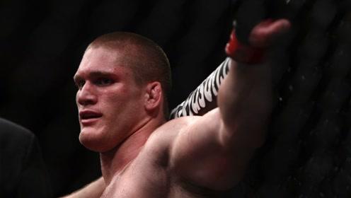 不KO对手就被对手KO的猛男,又打爆了一人!