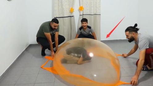 用史莱姆做帐篷会发什么?小哥亲身体验,下一秒千万别眨眼!