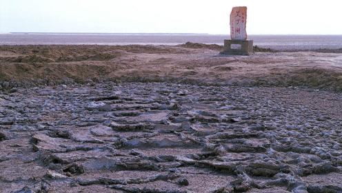 中国最可惜的湖泊:光盐和芒硝就接近3亿吨,如今却完全干涸?
