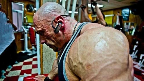 施瓦辛格都佩服他!这个健美巨兽高1米9重300斤,肌肉无敌