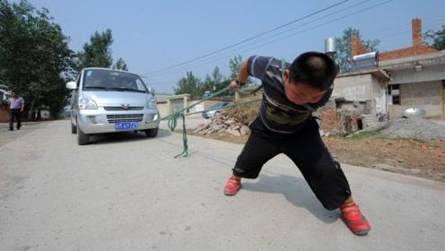 """我国最""""大力气""""男孩,7岁能拉动一辆汽车,如今他怎么样了?"""