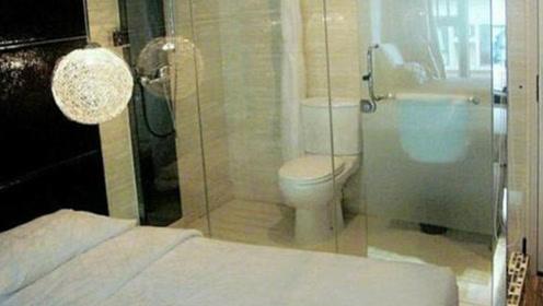 厕所是保护隐私的,为什么酒店里卫生间都是透明的?小情侣有话说