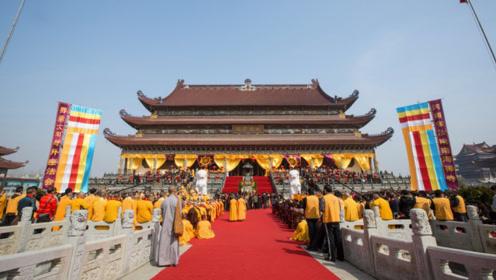 """河南建成亚洲最大寺庙,规模堪比""""故宫"""",被誉为""""中原佛国""""!"""