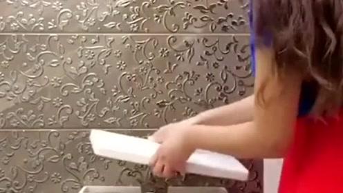 生活窍门:用以下技巧制作出不一样的马桶,效果非常好
