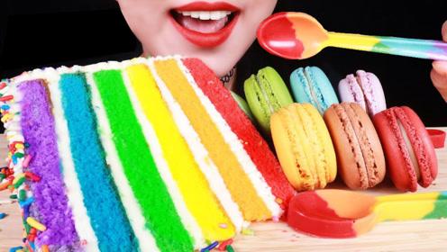 最打动少女心的甜点,彩虹蛋糕和彩色马卡龙,每一口都是幸福的滋味