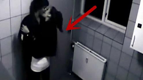 酒吧里醉酒美女将小伙带进洗手间,随后的画面让人不忍直视!
