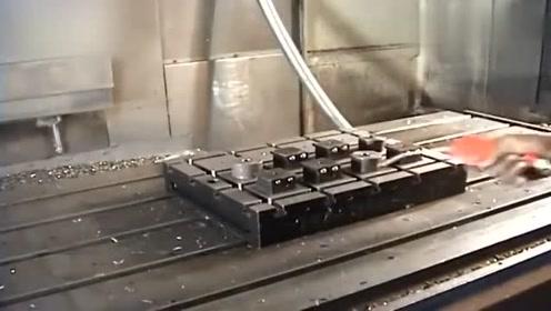 重型机床生产加工大零件的实拍,很罕见的画面!