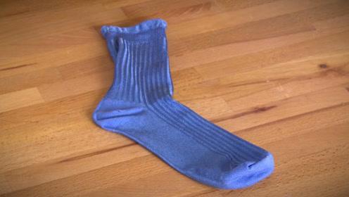 旧袜子别扔掉,简单剪一剪,冬天都能用上,太省钱了