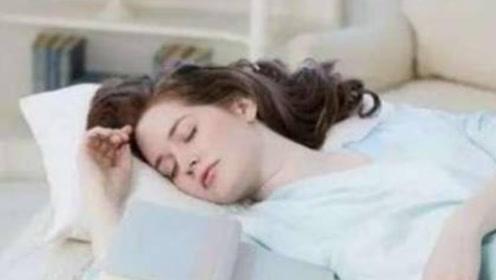 睡觉时身体突然抖动,感觉失重一样,这是怎么回事?医生道出真相