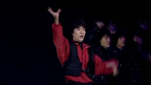 易烊千玺代言华为nova 6,一段热舞后,台下女粉丝尖叫声不断