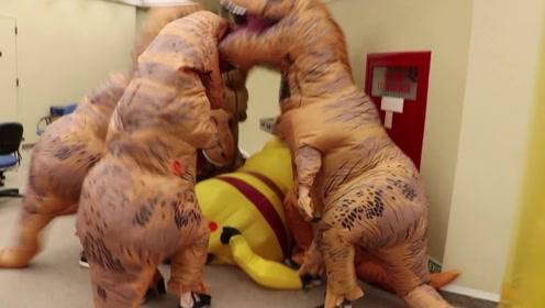 """一群""""恐龙""""突降图书馆,还费力欺负皮卡丘,画面可就有点好看了"""