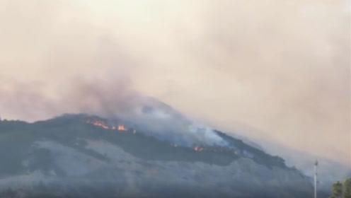 记者直击:佛山森林火灾已持续24小时,直升飞机出动洒水灭火