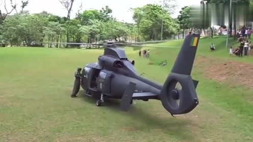咋一看还以为是个玩具,没想到是架真飞机,有哪位大神知道型号吗
