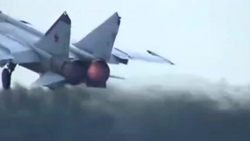 """""""米格-25""""战机有多猛,导弹竟然都追不上他,一起来看看"""