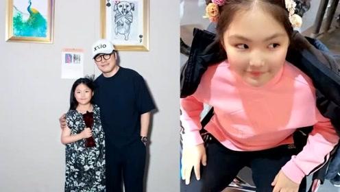 """李湘晒女儿书法作品,笔字""""三思后行"""",规整有才气"""