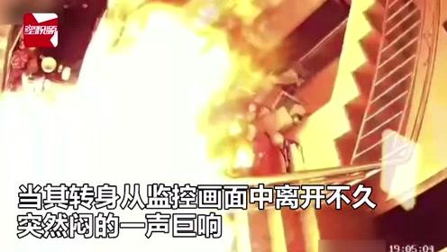 福州一民房疑似发生燃气泄漏,火光从炉灶喷出,瞬间吞噬整间房
