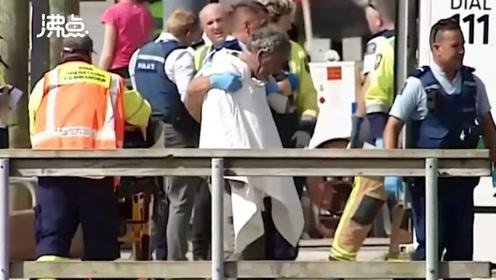 新西兰怀特岛火山喷发 警方用直升机救援 岛上游客包括两名中国人