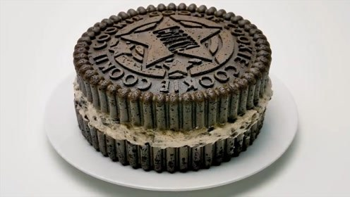 小姐姐制作奥利奥蛋糕,既美味又好看,网友:吃下一口全是脂肪
