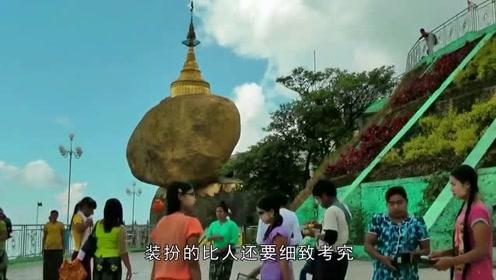 """世界最神秘寺庙,却建在611吨的""""巨石""""上,传说藏有佛祖头发"""