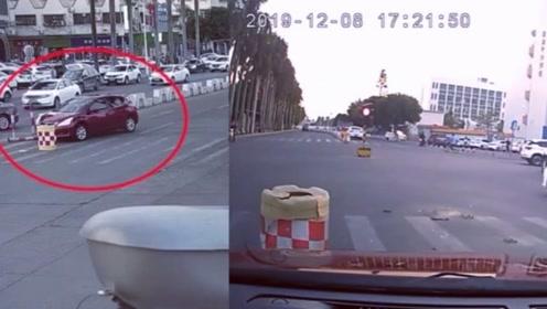 9岁男孩偷开自家车兜了5公里!闹市撞车后淡定开回家