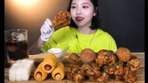 趣味吃美食:吃美味炸鸡腿 奶酪棒