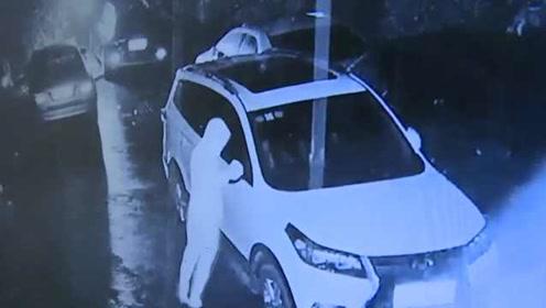 10辆私家车消防通道过夜,他掰坏后视镜泄愤,面临刑事责任