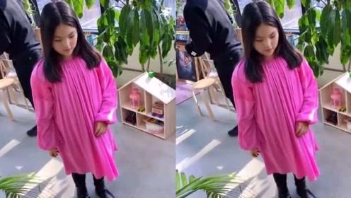 10岁王诗龄又美回来了,出去游玩自带摄影师已变成小李湘