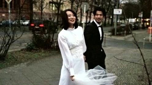 女星黄璐发文宣布与范玮离婚 去年才带着女儿补办婚礼
