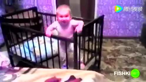 视频监控:别低估了宝宝的智商 不是一般的高