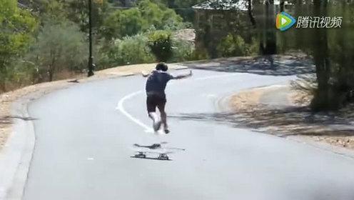 滑板骚年耍酷失败 没有对比就没有伤害!