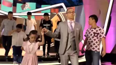 """黄健翔花式摔跤 刘一帆茱迪大演""""后宫记"""""""