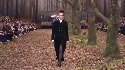 2018/19巴黎秋冬时装周是在大森林里举办的?是否真的环保?