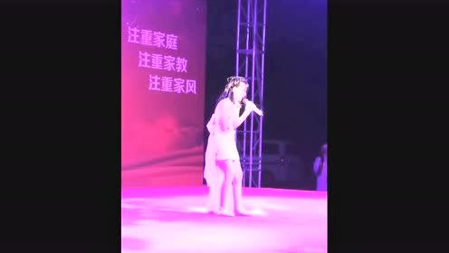 小女孩唱《九儿》飚超高音,原唱听了都被吓到