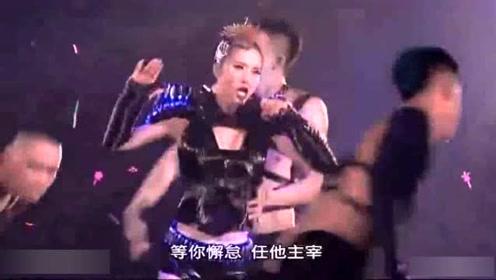 蔡依林现场演唱《特务J》《花蝴蝶》