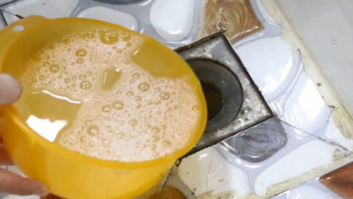 家里下水道倒一碗,保证再也不脏不臭,简单实用,学会受用一家人