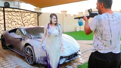 洗车的最高境界是什么?看了土豪的演示,顿时心服口服!