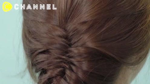 从后面看特别美丽!三股辫发型编发
