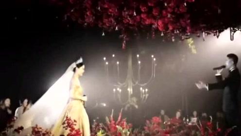 百万婚礼现场,新郎新娘合唱《往后余生》比原唱还好听!