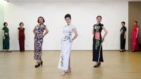 快乐五十大学中老年模特队韵味旗袍走秀《荷花颂》教学
