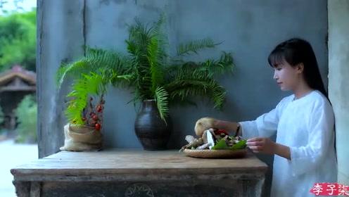 美食李子柒:诗一般的田园生活,雨烂竹菇春委顿,风惊松箨夜摧颓!