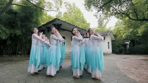 中国舞真正是跟花儿一样美!