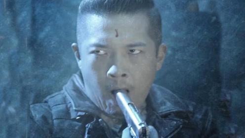 怒海潜沙:王胖子被六角铃铛蛊惑,竟要吞枪自尽,小哥灵一招唤醒
