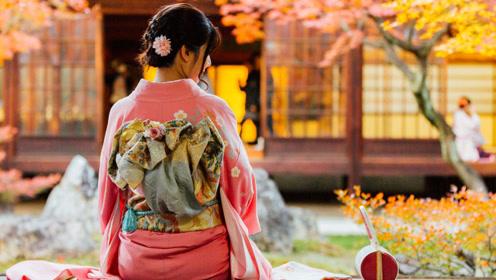 为什么在日本女孩子穿的和服后面,总是要有一个枕头呢?