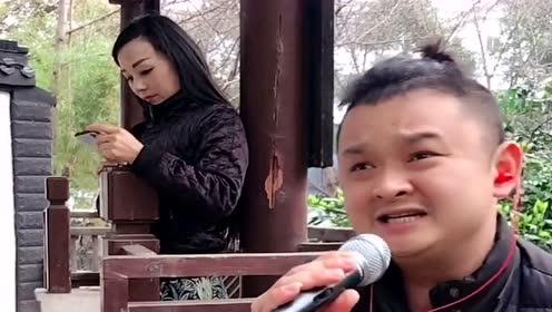 网红男歌手翻唱《杜十娘》,经典老歌,听了一遍又一遍!
